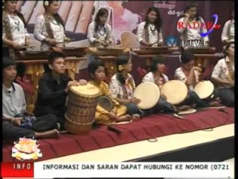 Lampung Gamolan Pekhing Festival 2016 BINTANG TAMU WINDI KOTA BANDAR LAMPUNG