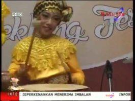 Lampung Gamolan Pekhing Festival 2016 SD INSAN MANDIRI