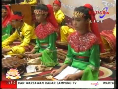 Lampung Gamolan Pekhing Festival 2016 SD TUNAS MEKAR INDONESIA